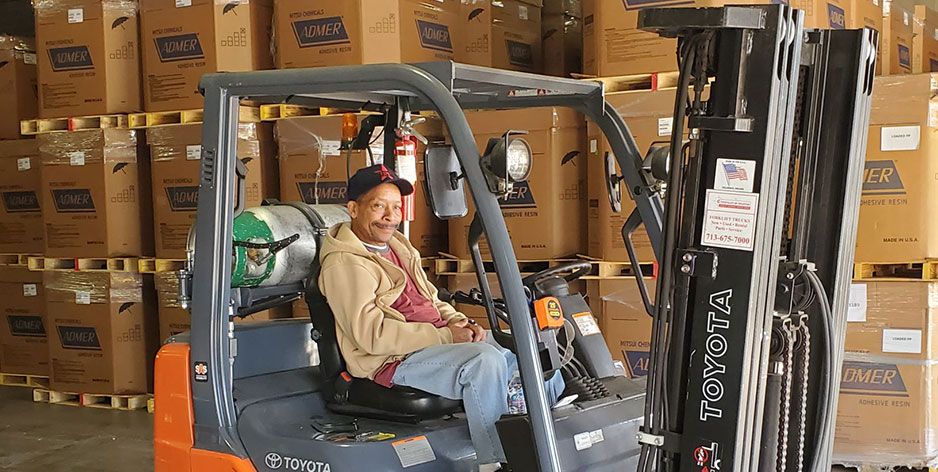 Our employees are experts in handling freight!